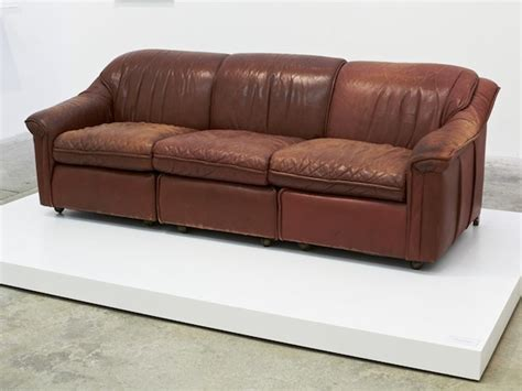 Leather Paint Sofa by How To Remove Paint From Leather Sofa Hereo Sofa