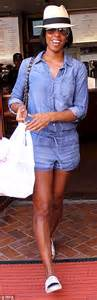 Blackkelly Lld 940 rowland displays shapely legs in playsuit while grabbing lunch daily mail