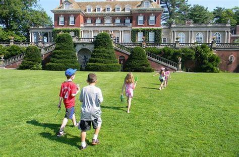 family outing  westbury gardens nymetroparents
