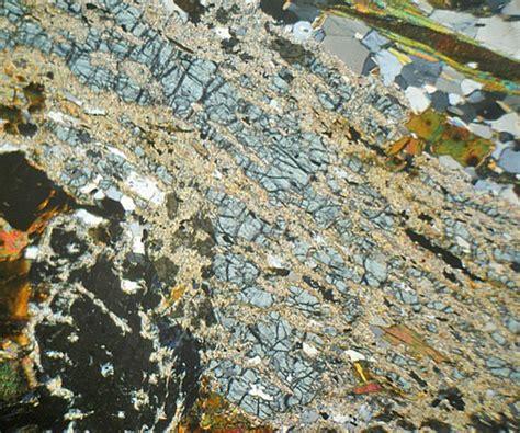 staurolite thin section staurolite mica schist aberdeenshire thin section