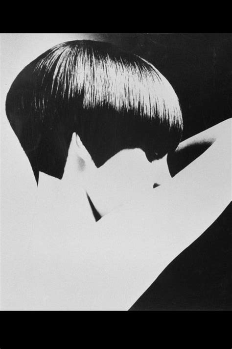 hair cut with a defined point in the back 17 best images about the bob on pinterest 1920s bobs