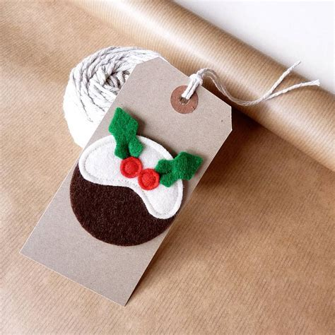 Handmade Felt Gifts - gift tag with handmade felt design by be
