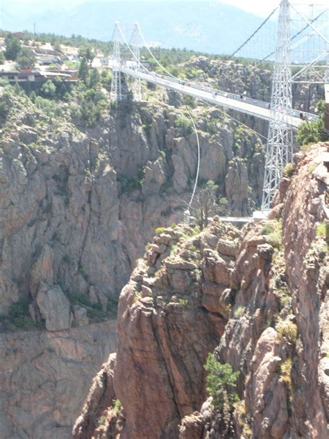 royal gorge bridge swing incredible world s scariest swinging bridges would have