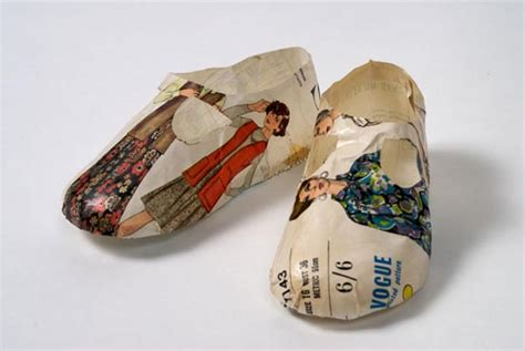 Paper Shoe Craft - papercraft sculptures by collier