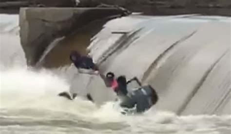 fishing show boat accident fishing boat capsizes in a big dam accident outdoorhub