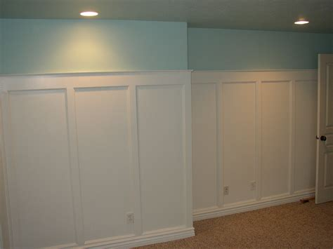 How To Put Up Wainscoting Panels Board And Batten Wainscoting Flat Panel Wainscoting In A