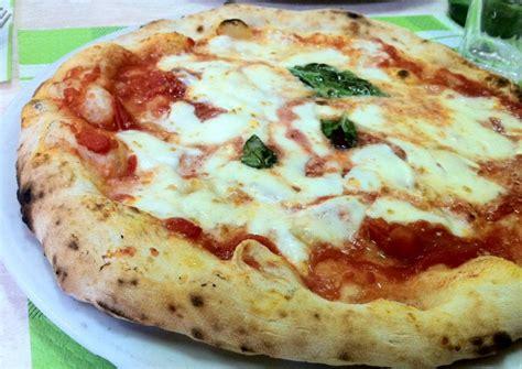 la pizza es alta dove mangiare la pizza napoletana a rimini