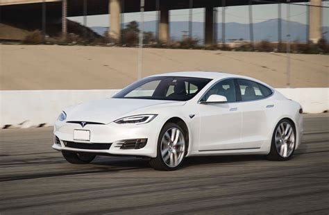 tesla model  pd resets  mph record  seconds