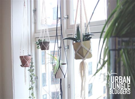 Come Macrame With Me - my macrame plant hangers