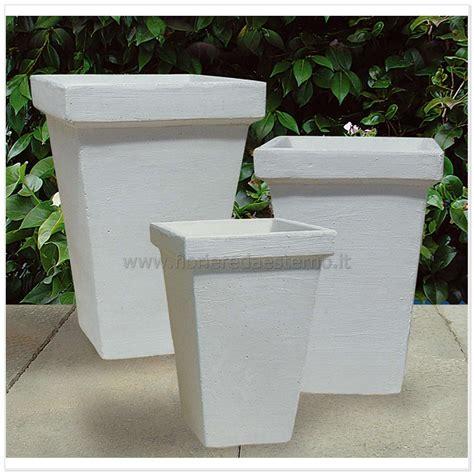 vasi esterno vasi moderni 5979354 fioriere da esterno vasi fioriere