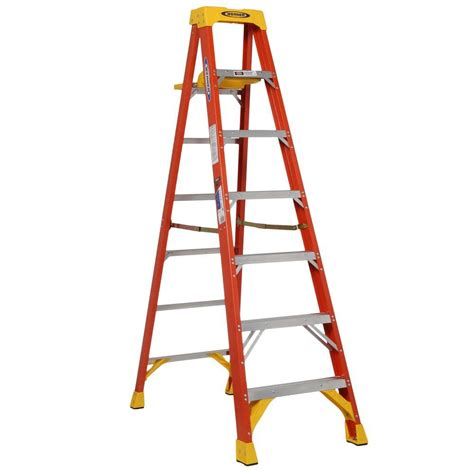 Step Ladder Shelf by Werner 7 Ft Fiberglass Step Ladder With Shelf 300 Lb Load Capacity Type Ia Duty Rating 6207s