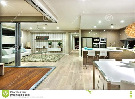 Interieur Maison Moderne Salon by Panorama Int 233 Rieur De Maison Moderne Avec La Cuisine Et Le