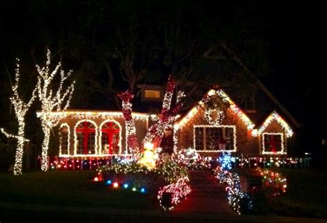best christmas display of lights in homes in orange county