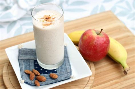 Apple Banana Detox Smoothie by Top 7 Healthy Banana Juice Recipes Recommended By Athletes