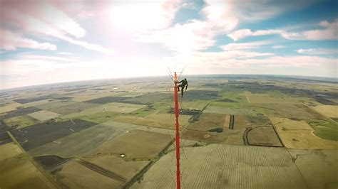 tower light bulb changer s tallest tv tower climb without safety equipment