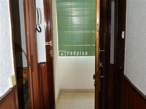 pisos en alquiler madrid ciudad lineal piso en alquiler en calle gandhi pueblo nuevo ciudad
