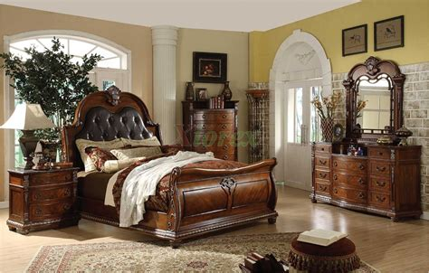 Raymour And Flanigan Dining Room Sets traditional sleigh bedroom furniture set with leather