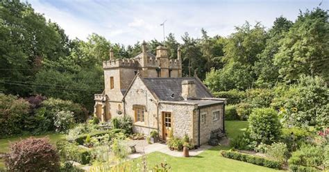 castle for sale molly s lodge is a 1 bedroom castle for sale in the uk