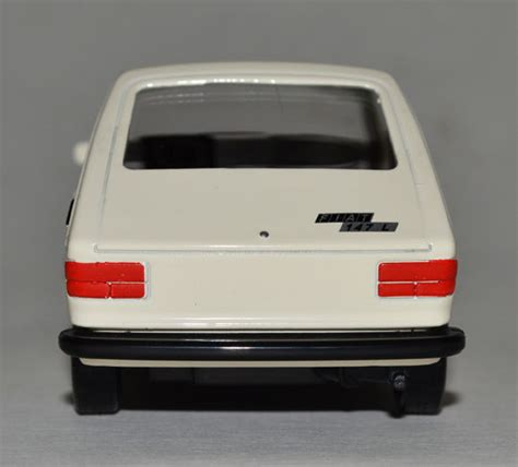 meu carro em miniatura fiat 147 car garage