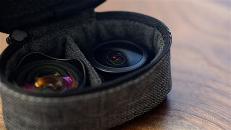 review moments wide angle  lens  mobile