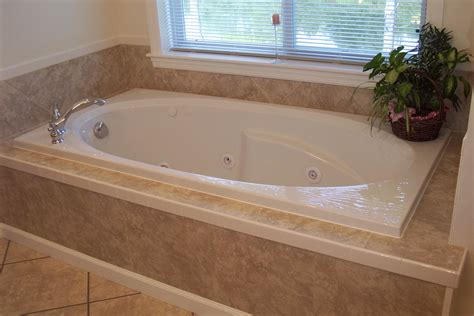 How To Install A Whirlpool Bathtub by Bed Bath Decorate Bathroom Ideas With Jetted Tub In