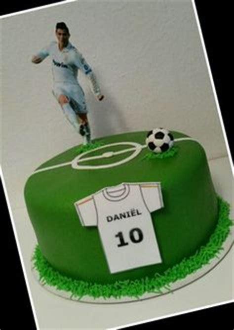 football cake ronaldo kids cakes   lill conicers birthday cake cake unique cakes