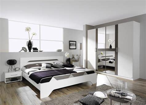 chambre bébé blanche et grise chambre grise et blanche 19 id 233 es et modernes pour se
