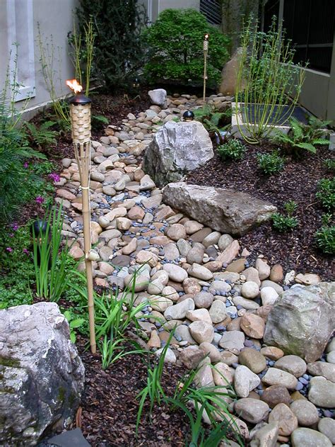 25 gorgeous dry creek bed design ideas dry creek bed