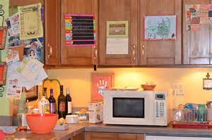 sue room my visit to set of abc s the middle abctvevent