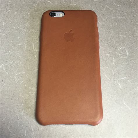 Apple Classic Saddle Brown Leather Hoco Calf Leath 15 can t decide between leather and silicone macrumors forums