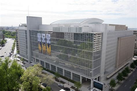 world bank hq the insight newspaper world bank fights poverty by