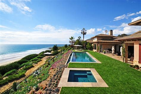 Homes With Infinity Pools For Sale Beautiful Homes The Most Stunning Outdoors