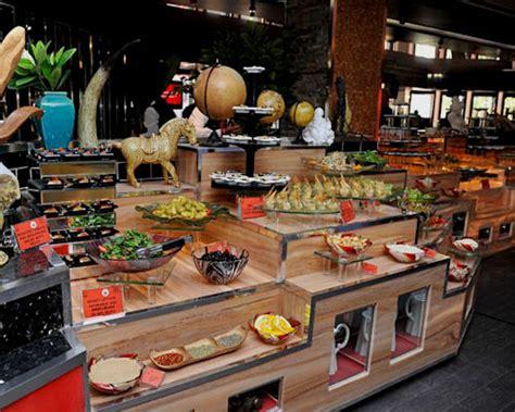 hometown buffet manchester best halal restaurants in manchester five adventurers