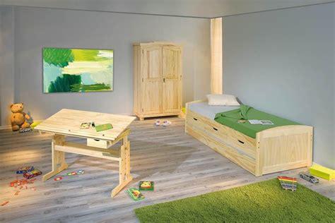 Kinderzimmer Junge Kiefer by Kinderzimmer Jugendzimmer Genf Marinella Kiefer
