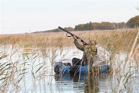 what precaution should you take while towing a trailered boat what safety precautions should you take when hunting from