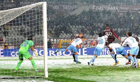 Un Sas D Entrée 579 by Torino Lazio 1 0 Jonathas Entra E Segna La Neve Non D 224