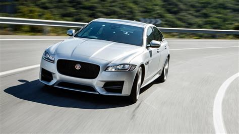 jaguar on top gear jaguar xf review top gear