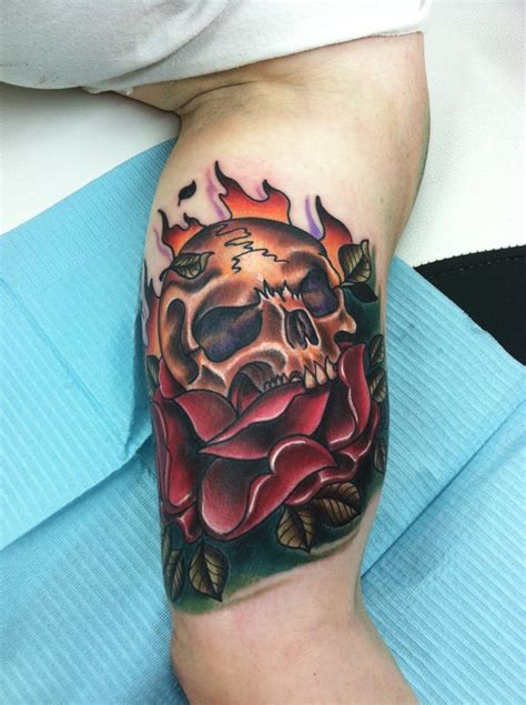 skull with roses tattoo meaning tattoos designs ideas and meaning tattoos for you