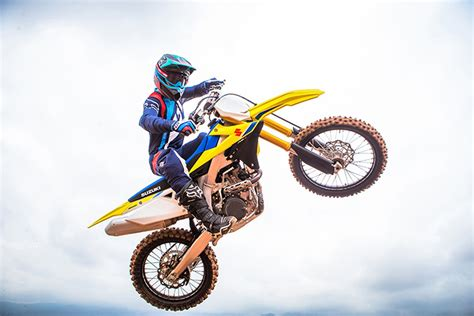 suzuki motocross gear 2018 suzuki rm z450 motocross review specs pics bikes