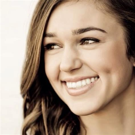 duck dynasty s sadie robertson duck dynasty sadie robertson posts new weekly video on