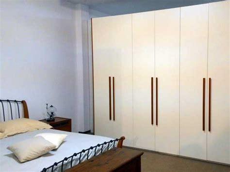 ojeh net colore parete da letto mobili bianchi