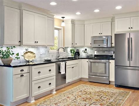 shaker cabinet crown molding need crown molding advice for white kitchen with shaker