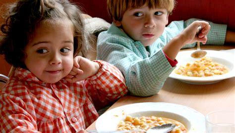 imagenes de niños que pasan hambre objetivo bienestar junior 191 c 243 mo debe ser la nutrici 243 n de