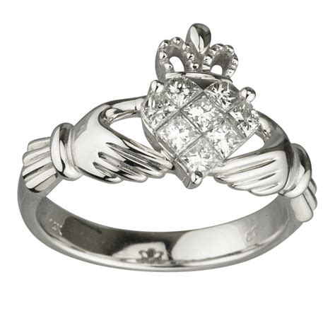 white gold claddagh ring white gold