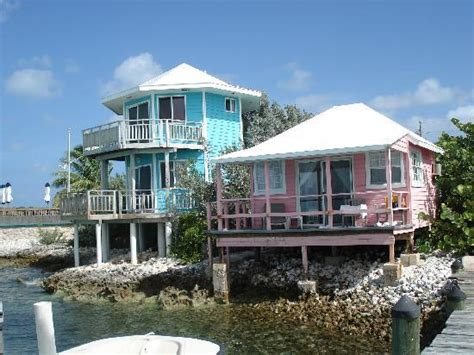 staniel cay yacht club cottages some of the staniel cay cottages