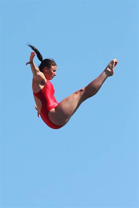 sexi dive divers high diving
