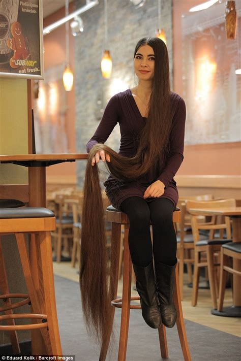 how to get dog hair off the couch rapunzel fan aliia nasyrova has hair 90 inches long