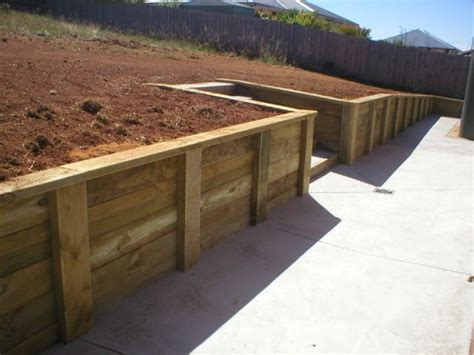 Mobilier De Jardin 4979 by Retaining Wall Ideas New And Recycled Timber Posts