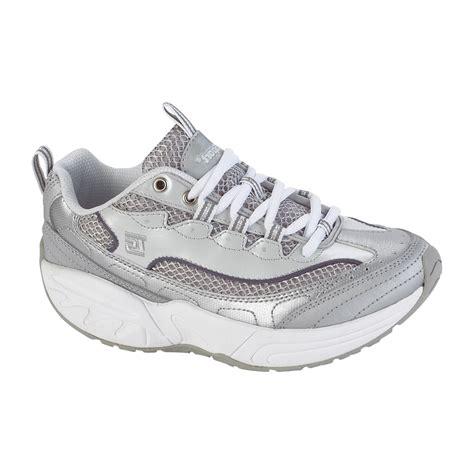 rocker bottom athletic shoes therashoe s violet rocker bottom jogger silver