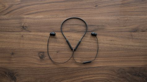 best earbuds gizmodo these are the best wireless earbuds you can buy